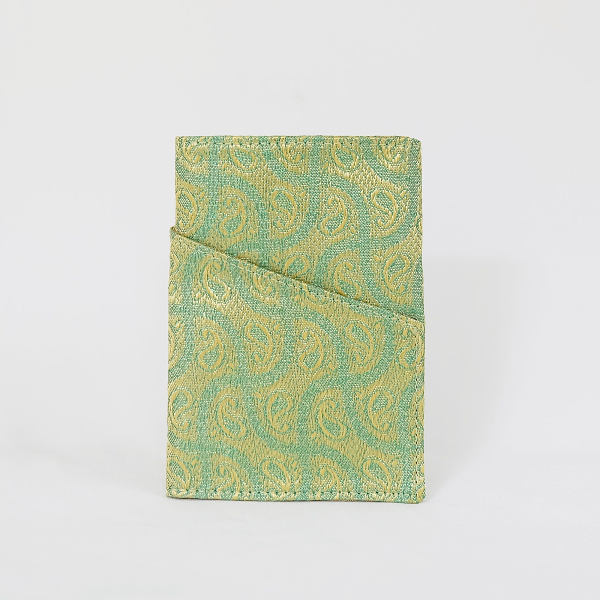 Hirsi Cardholder in Green Paisley