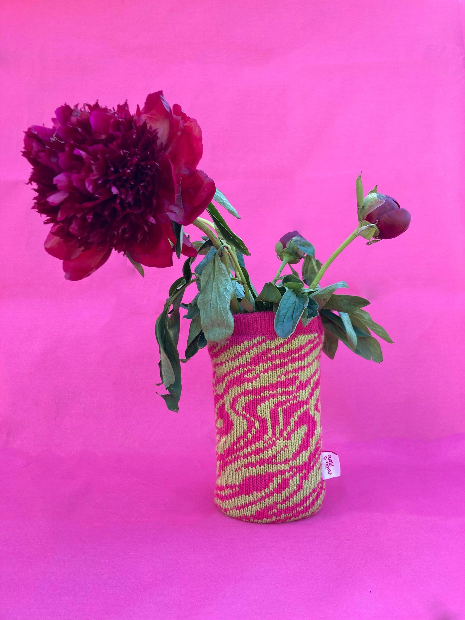 Marbled Vase Cover - Hot Pink and Lime
