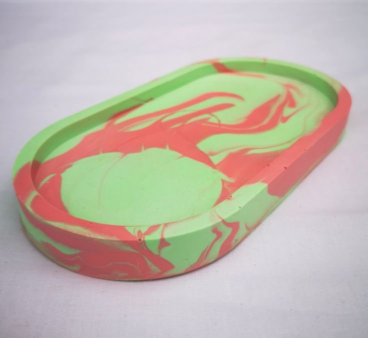 Bright green/pink Oval tray